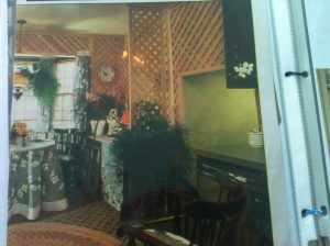 Trellis-Work on Walls, Kitchen #2